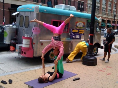 Fojol Brothers and AcroFiends at Columbia Heights, Washington, D.C., 21 June 2009